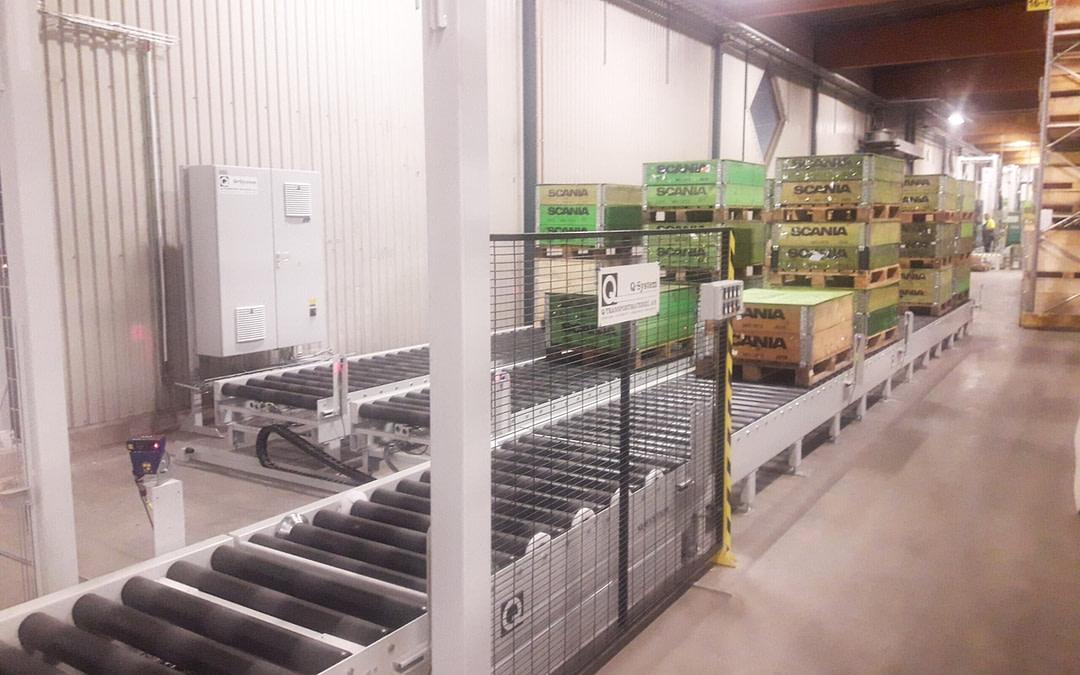 Pallet handling on long conveyors
