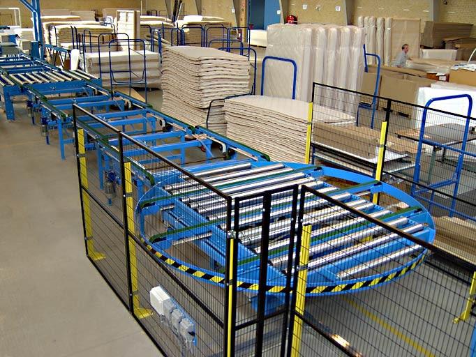 Produktionslinje til madrasser / Production line for mattresses