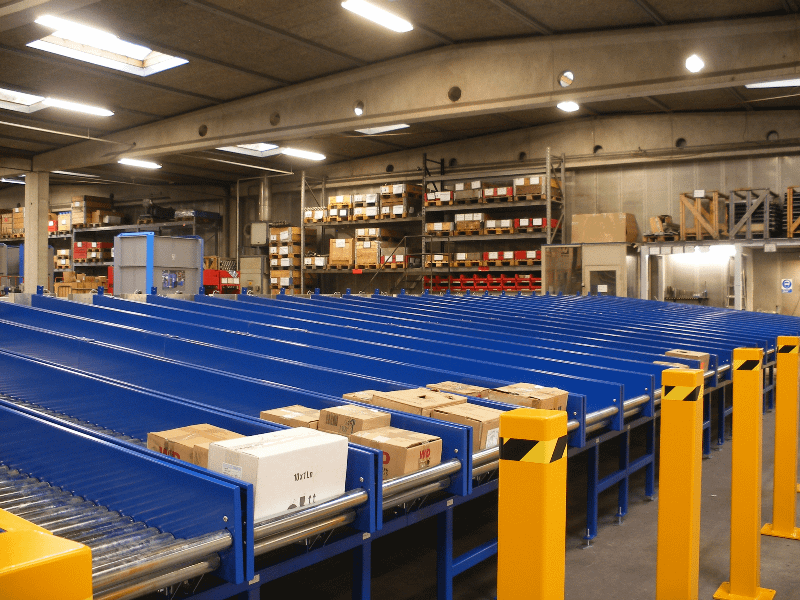 Non-driven roller conveyors for goods up to 1000 kg/m