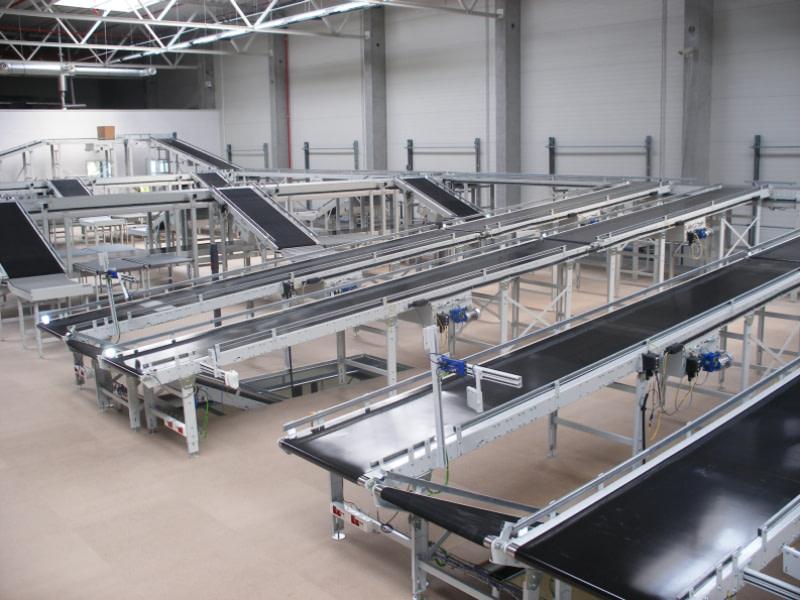 Belt conveyors for light goods system Q76